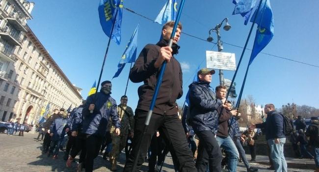 Политолог: понимали ли националисты, к чему из лозунги могут привести, чьи такни могут быть в Киеве?