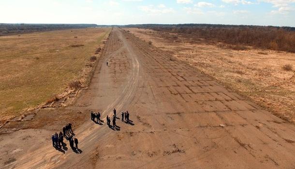 Порошенко дал поручение построить аэропорт на Закарпатье