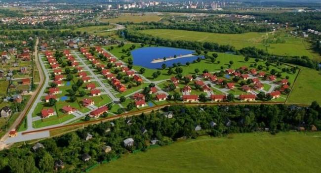 Из-за моратория на продажу земли в Украине, украинцы едут покупать землю в Польше, где остаются навсегда