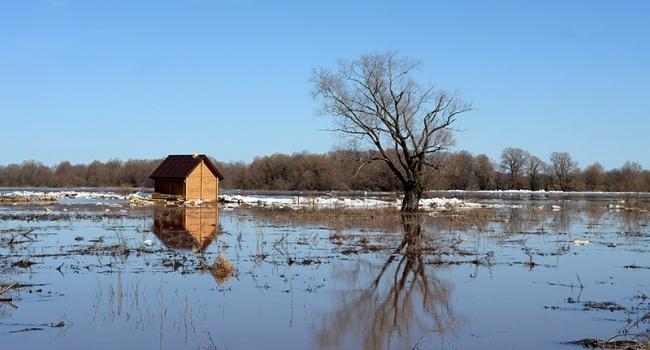 Гидрометцентр предупреждает о сходе лавин и наводнениях в Украине