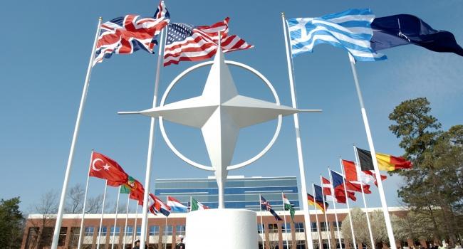 НАТО: Запад уже не боится Россию, — она потеряла доверие