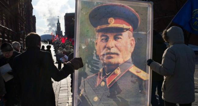 Путин сделал все для того, чтобы Сталин стал кумиром россиян и окончательно разорвал связь россиян и украинцев