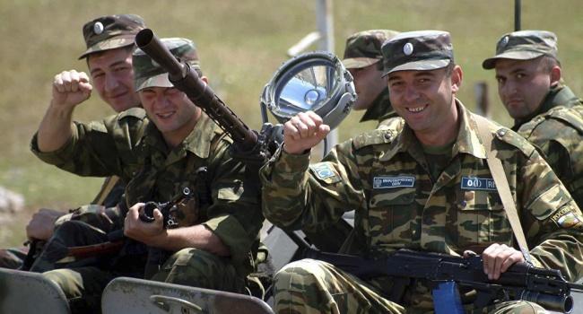Эксперт: Кремль уже сейчас формирует отряды своих «миротворцев», которые окажутся среди военных государств-сателлитов России