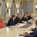 Судя по выражению лица Бойко, «сюрприз» президента для пророссийского «Опоблока» удался на славу
