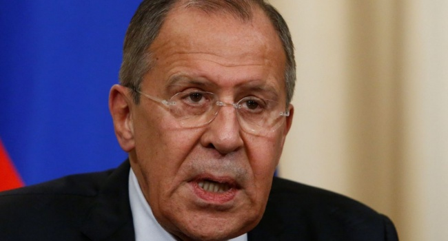 Журналист: если в Украине «неонацисты», тогда возникает вопрос, почему РФ признало руководство Украины и ведет с ним переговоры?