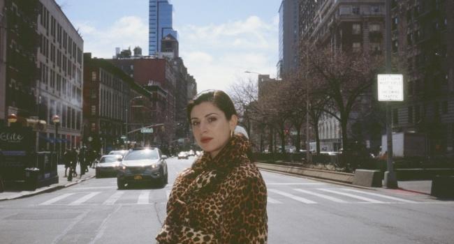 Если жена Омеляна на самом деле рожала в Нью-Йорке, она нарушила американский закон – журналист