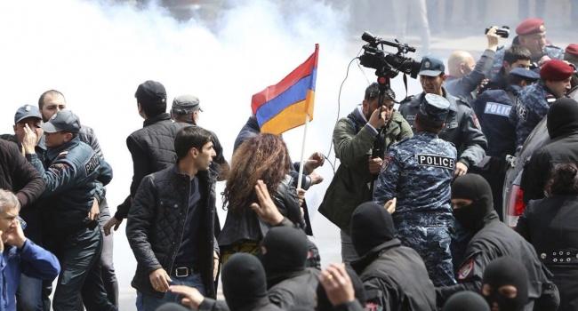 Журналист: «Самые разумные действия в Армении – досрочные выборы»