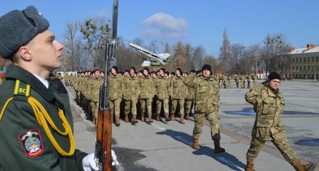 Молодые лейтенанты перед выпуском из академии будут проходить специальную подготовку в учебных центрах
