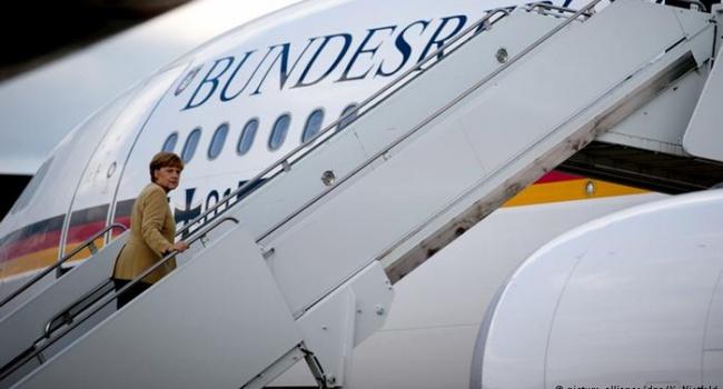 Меркель летит в Вашингтон, чтобы предупреждить Трампа о начале торговой войны