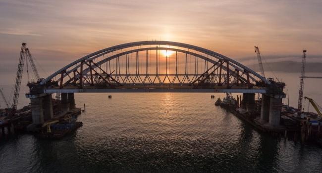 Украина может забрать у РФ Керченский мост в качестве погашения нанесенного ущерба, - Чубаров