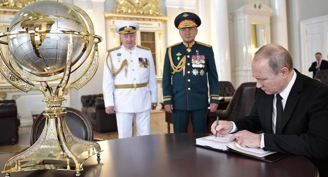 Политолог: один диктатор доигрался со своими грезами над картой мира. Новый пока только демонстрирует явные признаки шизофрении