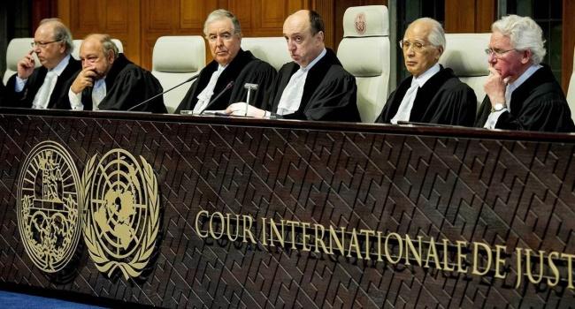Украина передаст в международный уголовный суд в Гааге факты преступлений РФ на Донбассе