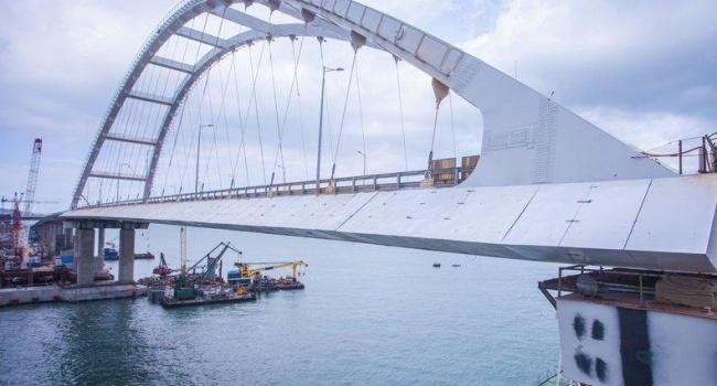 Медовар озвучил мрачную перспективу для Керченского моста