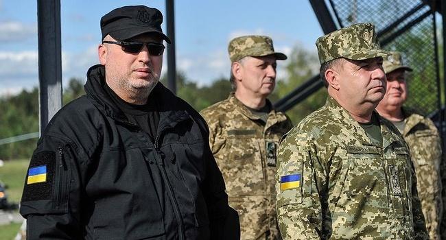 Турчинов: «украинская «Стугна», как и американский «Джавелин», точно и надежно уничтожили цели»