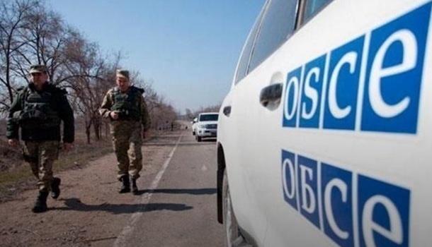 Представители ОБСЕ зафиксировали свыше ста танков боевиков