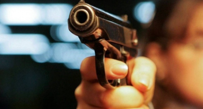 ЧП в Черкассах: сотрудник полиции открыл стрельбу по молодежи