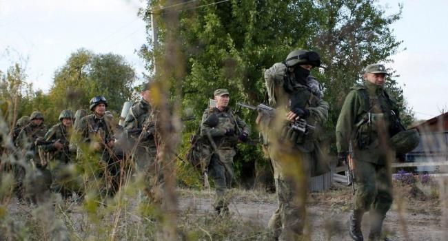 Жители Пивденного не могут покинуть поселок из-за атак террористов