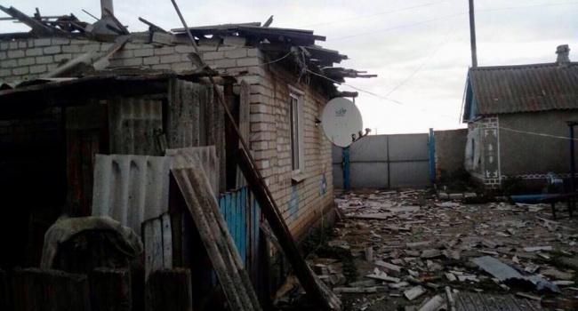 Террористы сожгли девять домов в Пивденном, — МинВОТ