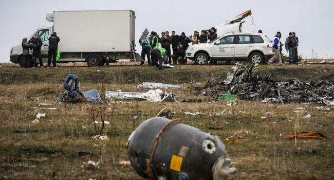 Блогер: если бы МН-17 сбили не в 2014-ом, а в 2018-ом. Сколько украинских «блогеров» обвинили бы «украинские спецслужбы»?