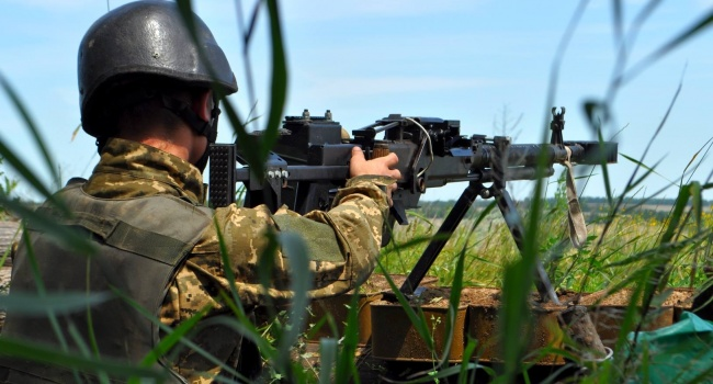 Бойцы ВСУ разгромили позицию террористов на Донбассе