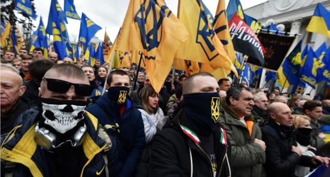 Блогер: на теме цыган Кремль пытается поднять рейтинг псевдонационалистов в Украине