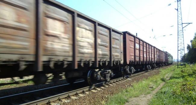 Украина наносит сокрушительный удар по РФ: «УЗ» запретила перевозку по стране грузов 60 российских компаний