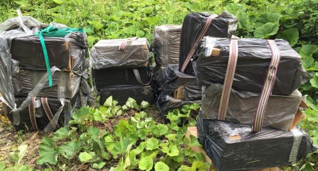 Стрельба на границе в Черновицкой области: ГПСУ разоблачила крупную партию контрабандных сигарет