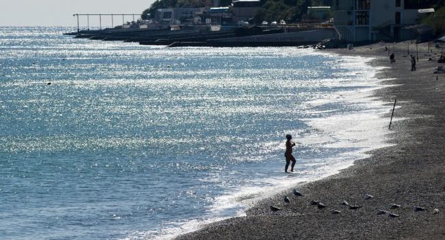 Экс-министр Крыма: «Чтобы спасти туристический сезон в АРК Путин может сделать только одно — застрелиться»