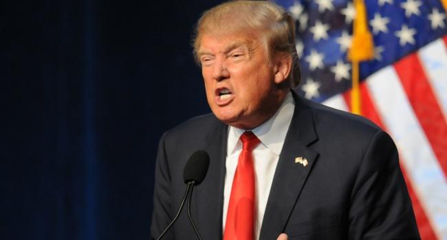 С подачи демократов в американских СМИ опубликована очередная ложь о «деспоте» Трампе