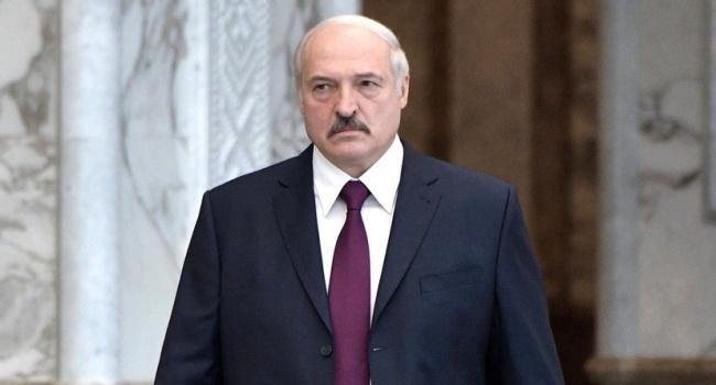 Лукашенко з побоюванням чекає навчань «Захід-2018», після завершення яких російські війська можуть залишитися в Білорусі