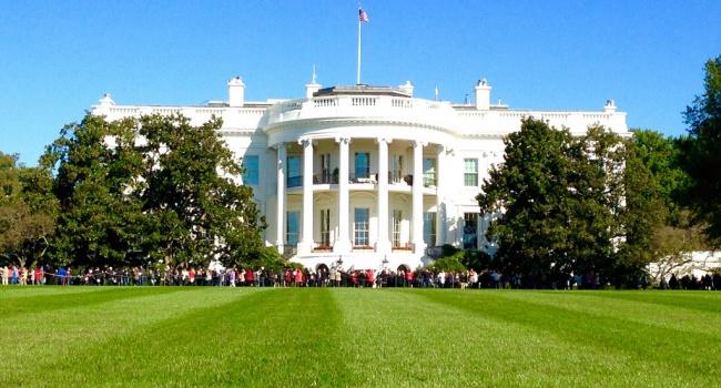 В Белом доме запретили мобильные телефоны