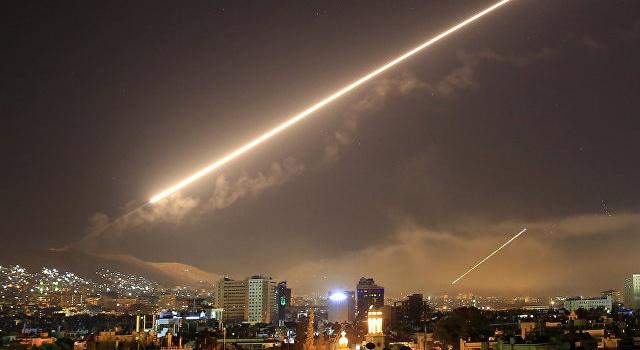 Армия Израиля нанесла ответный удар по складу оружия Ирана в Сирии