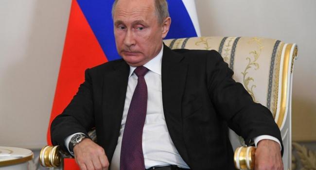 «Он не будет править вечно»: американский дипломат раскрыл секрет «успеха» Путина