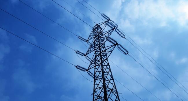 Стоимость электроэнергии в Латвии возросла на 12% после снижения поставок из России