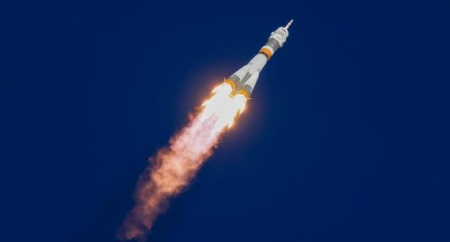 Политолог: с русскими все ясно, но, что делал американец на борту «Союз-ФГ»?