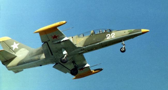 ЧП в российской армии: в Азовское море упал военный самолет