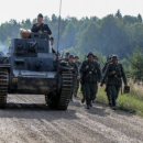 На съемках фильма с участием Сергея Безрукова, каскадера переехал танк