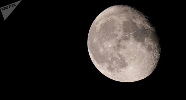 Японцы отправятся на Луну в поисках воды