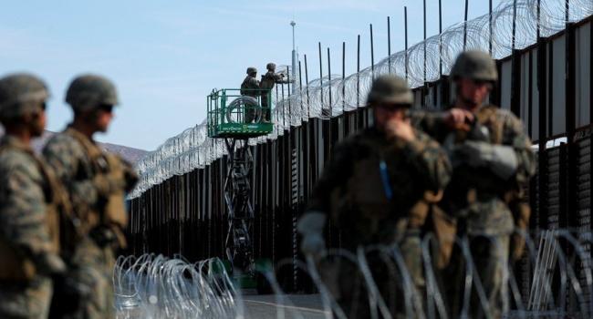 Ситуация с мигрантами в США: Трамп разрешил силовикам стрелять на поражение