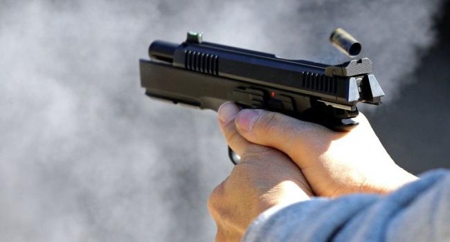 В Днепре расстреляли авто прокурора