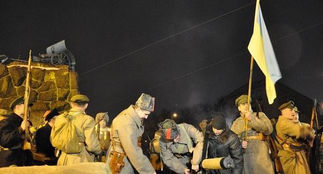 «Армия УНР голая-босая, пускай сын Петлюры воюет», «с Лениным надо договариваться»: все это уже было, – блогер