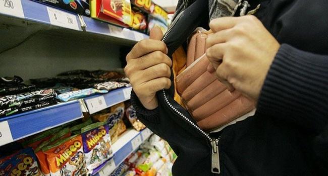На Сумщине пенсионерка дважды за неделю ограбила супермаркет