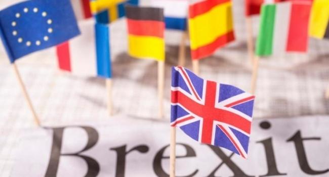 Меркель заявила о готовности отдать все силы для успешного Brexit