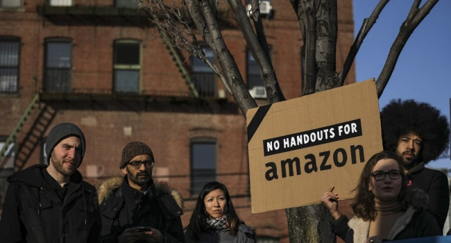 Amazon Abandons Its 2nd HQ in New York, Activists Jubilant