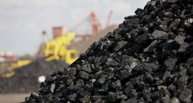 Эксперт: «У Беларуси нет угля, но она экспортирует его в Украину»