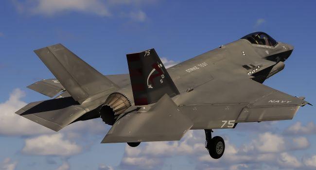 ВМС США усилятся истребителями F-35C Lightning II