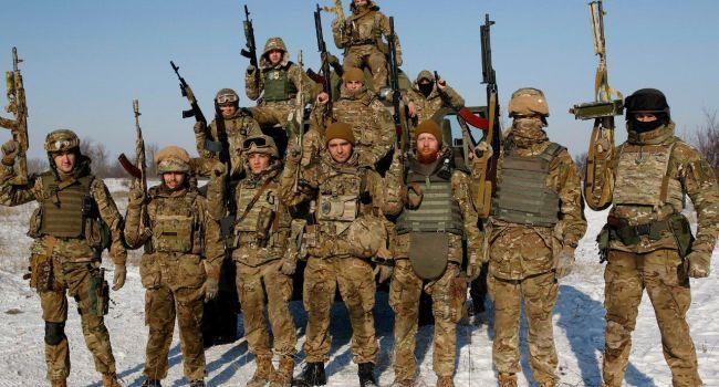 Бойцы «Азова» прокомментировали визит Порошенко на передовую
