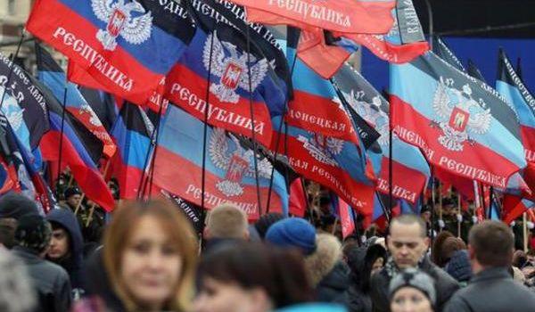 «Верните нам Украину!»: жители «ДНР» начали бунт против боевиков