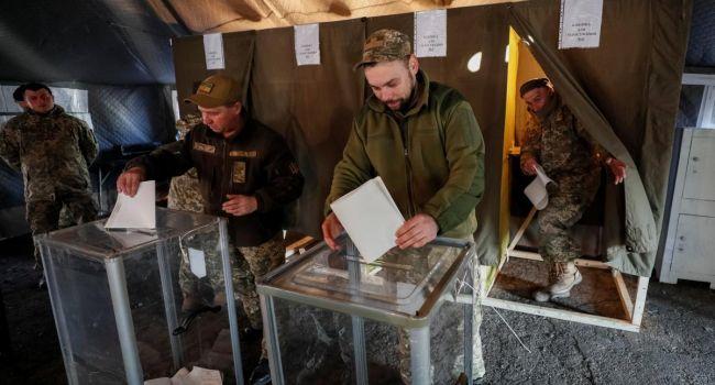 Волонтер: – в «совкой» армии, в армии времен «папередников» проголосовали бы с явкой в 100% и с результатом в 99