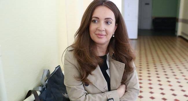 Волонтер обратилась к Зеленскому: вы хотите изменить? Попробуйте! Только нам не нужно шоу, нам нужна победа и долгожданный мир!